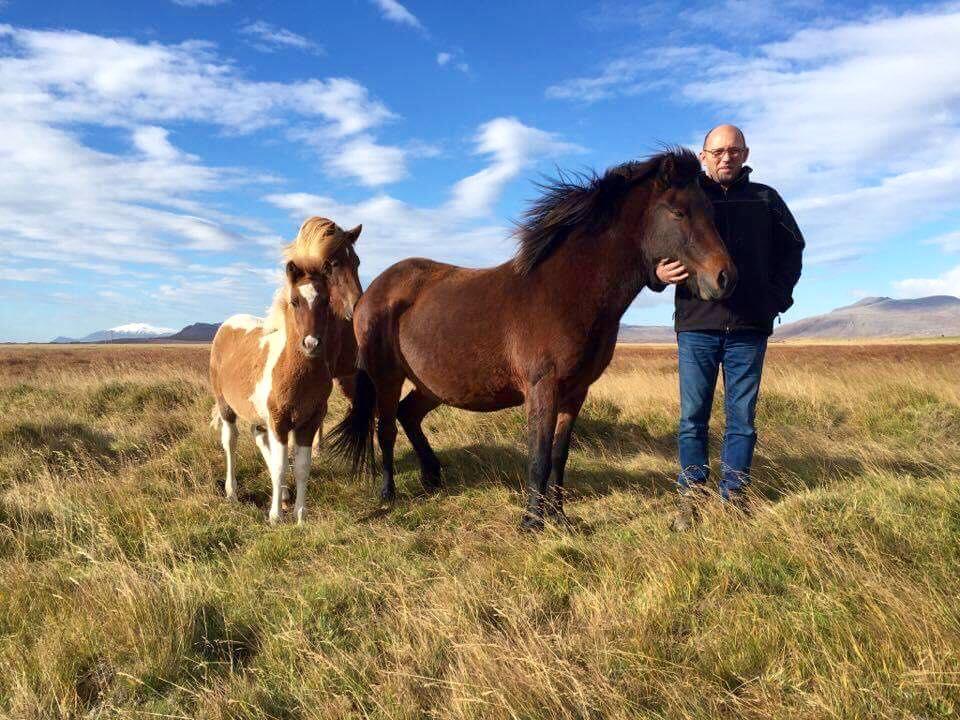 Gísli et Álfagjöf frá Kjartansstöðum à la base islandaise de Pur Cheval: Miðhraun